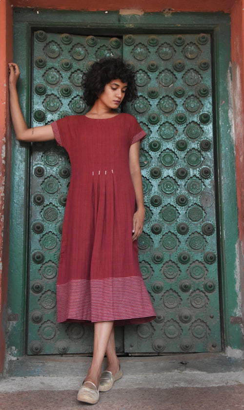 Madder box pleated tunic