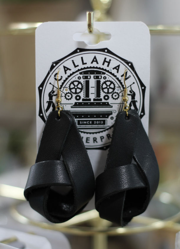 Leather Knot Earrings - Black