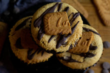 Load image into Gallery viewer, WHOLE LOTTA LOVE - Biscoff stuffed vegan chocolate chip cookies