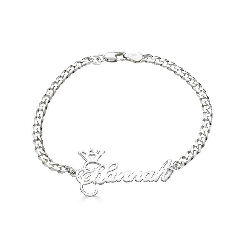 Ari&Lia Delicate Crown Name Bracelet