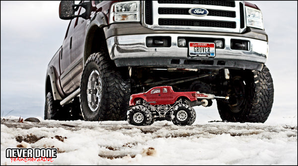 RC truck with lifted truck