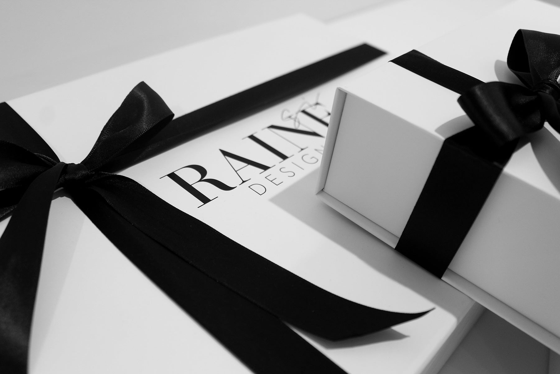 complimentary-gift-wrapping-raine-designs-luxury-loungewear-lingerie