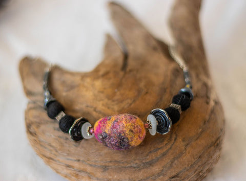 Black & Pink Wool Necklace
