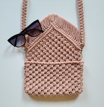 Load image into Gallery viewer, Macrame Purse / Clutch