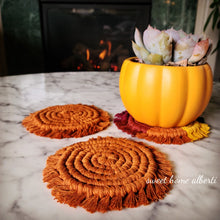 Load image into Gallery viewer, Solid Colors - Macrame Coasters Set