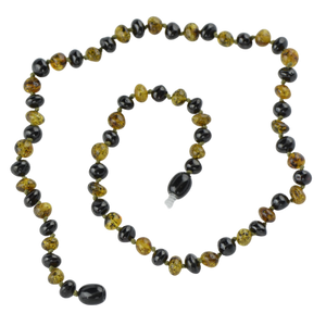 Short Baltic amber necklace