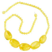 Load image into Gallery viewer, Yellow olive Baltic amber Necklace AM27