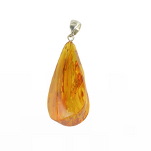 Load image into Gallery viewer, Genuine Amber pendant jewelry women