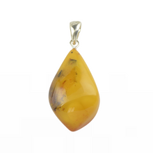 Load image into Gallery viewer, Baltic Amber pendant natural piece