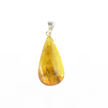 Load image into Gallery viewer, Baltic Amber pendant yellow stone