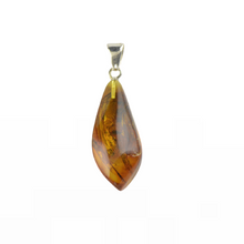 Load image into Gallery viewer, Amber pendant natural color