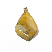Load image into Gallery viewer, Large Amber pendant