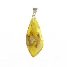 Load image into Gallery viewer, Amber pendant yellow color
