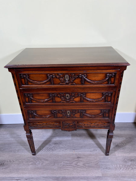19th Century French Neoclassical Mahogany Commode