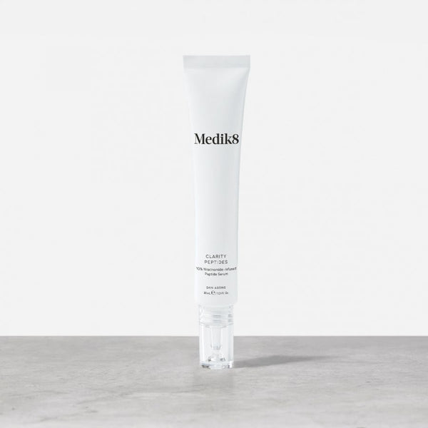 Medik8 Clarity Peptides™  10% Niacinamide-Infused Peptide Serum