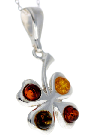 925 Sterling Silver Lucky Clover Pendant with Baltic Amber - G222