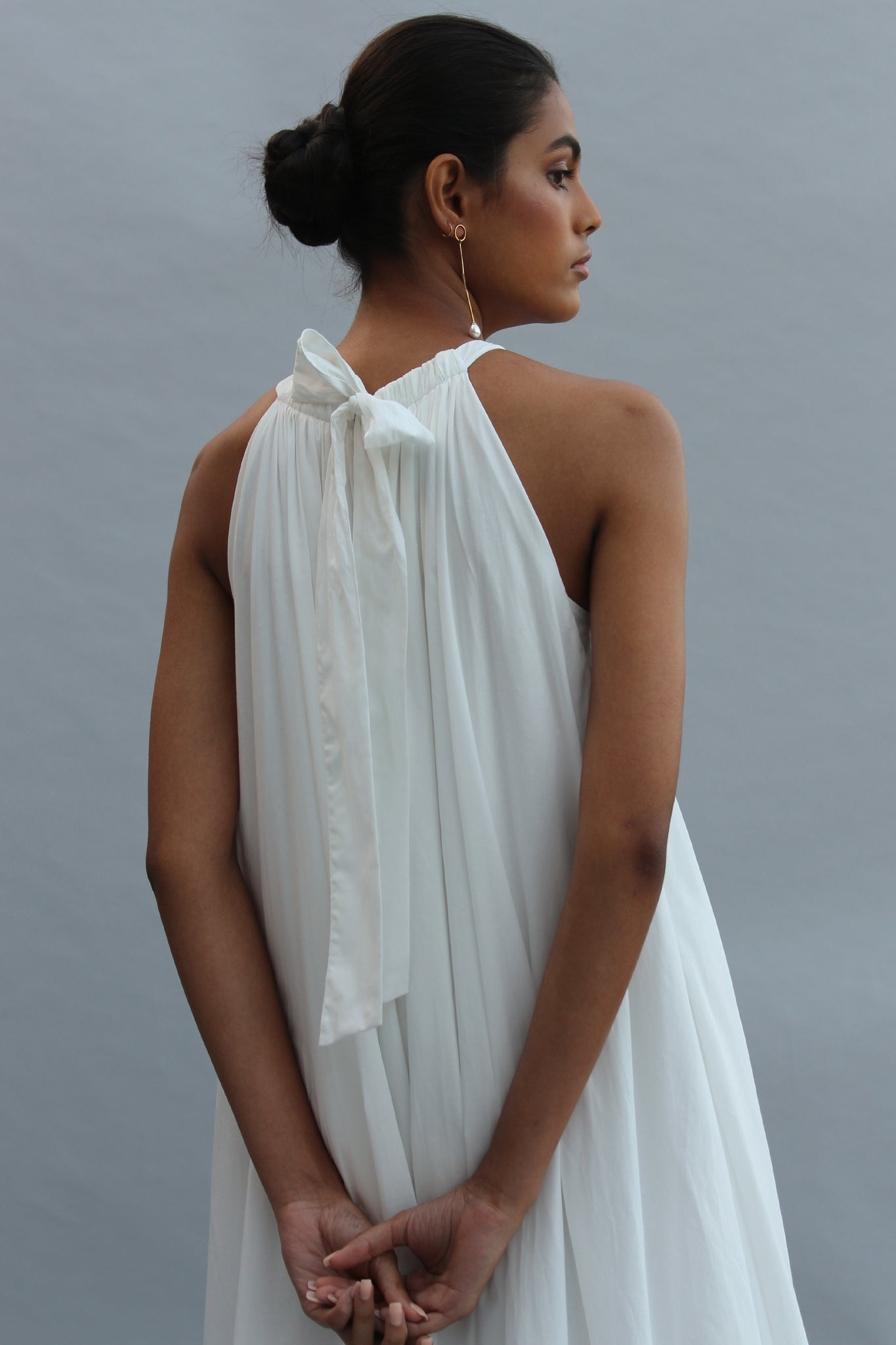 abeer_whitemaxi_backdetail