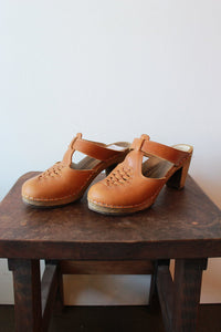 MAGUBA TAN BRAIDED MULES, SZ 8-8.5 (AS IS: WEAR)