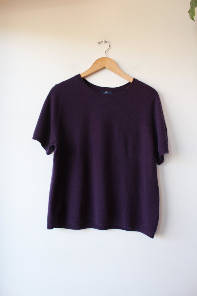 LAND'S END DARK PURPLE CASHMERE SHORT SLEEVE SWEATER, SZ L/P