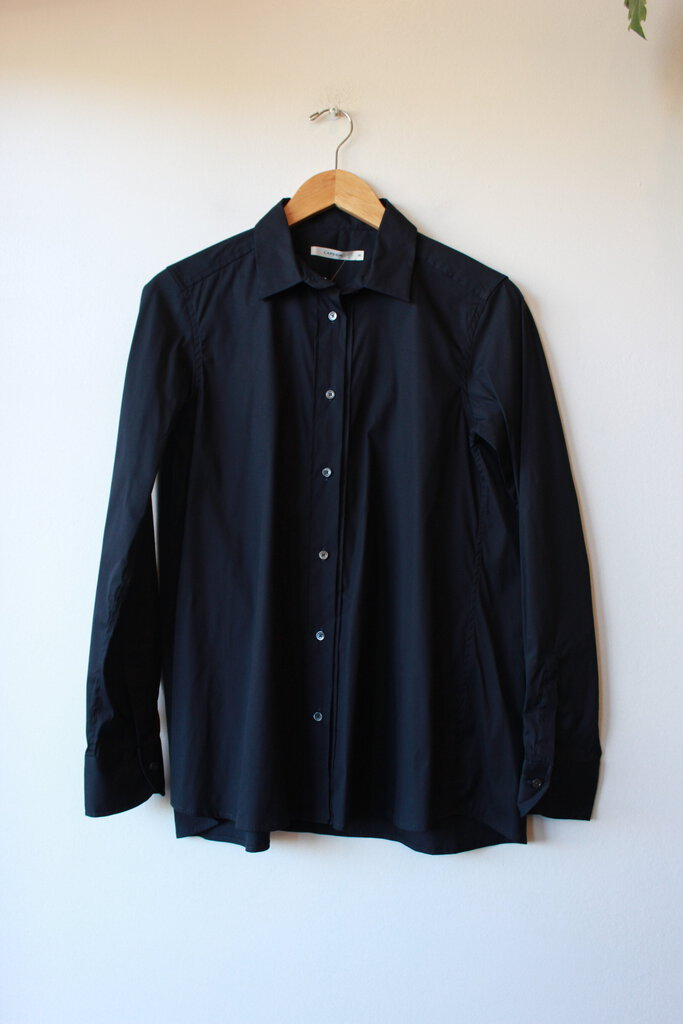 LIS LAREIDA BLACK SWING BUTTON DOWN SZ 38/US6