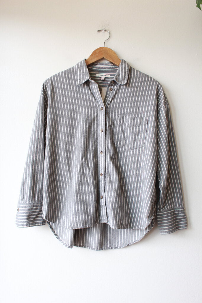 MADEWELL GREY WHITE STRIPED FLANNEL BOXY BUTTON DOWN SZ M