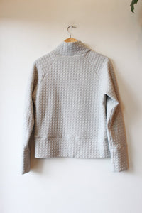 HAND SEWN GREY MOCK NECK QUILTED SWEATSHIRT SZ S/M