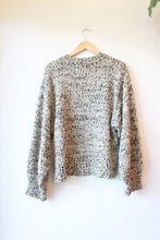 Load image into Gallery viewer, MOON RIVER NUBBY BLACK WHITE OAT OVERSIZED SWEATER SZ L