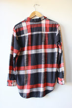 Load image into Gallery viewer, MADEWELL RED NAVY PLAID THICK FLANNEL BUTTON DOWN SZ XS
