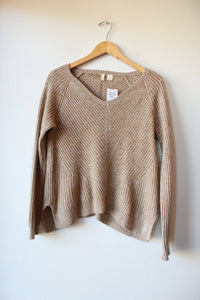 MOTH TAN CASHMERE V-NECK SWEATER SZ M (AS IS: VERY SLIGHTLY SHRUNKEN)