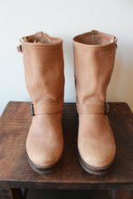 Load image into Gallery viewer, FRYE VERONICA SHORT BOOTS IN TAN DISTRESSED NUBUCK SZ 8.5