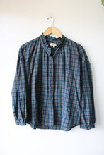 Load image into Gallery viewer, MADEWELL NAVY GREEN PLAID POPOVER WITH RUFFLED EDGE SZ L NWT
