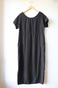CHRISTY DAWN BLACK LINEN LONG DRESS SZ XS/S (AS IS: SPOTS)