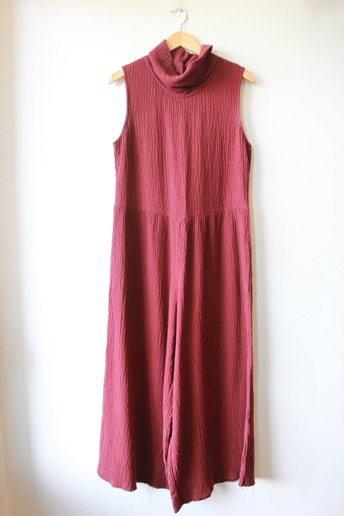 SATURDAY SUNDAY BURGUNDY TEXTURED KNIT WIDE LEG SLEEVELESS JUMPSUIT SZ S (FITS S/M)