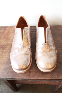 ARGILA CRINKLE GOLD LACELESS OXFORDS SZ 39.5/9 (LIKE NEW)