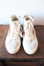 Load image into Gallery viewer, MADEWELL WHITE BROWN NAVY LEATHER HIGH TOPS SZ 7.5