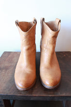 Load image into Gallery viewer, FRYE CARSON SHORT TAN BOOTS SZ 9 (PROTECTIVE SOLES ADDED)