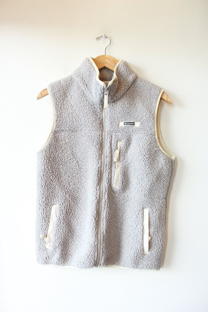 COLUMBIA LIGHT GREY FLEECE VEST SZ M (SLIGHT WEAR)