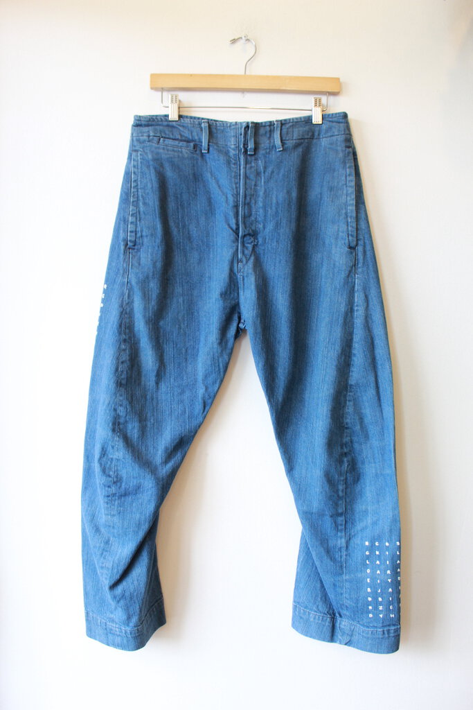 LEVI'S RED LABEL COCOON DENIM PANTS WITH PAINTED LETTER DETAIL SZ 8-10