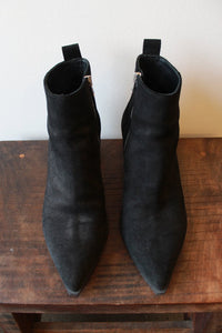 EVERLANE BOSS BOOT IN BLACK SUEDE SZ 10.5 (RETAIL $236)