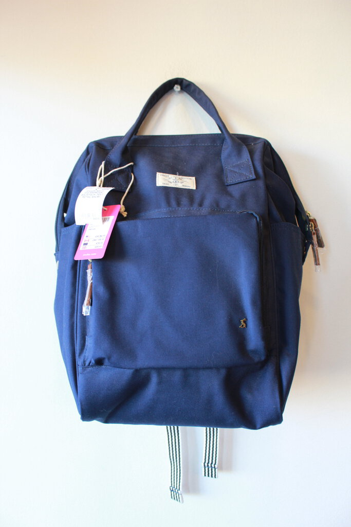 JOULES NAVY WATERPROOF BACKPACK (NWT RETAIL $84.95)