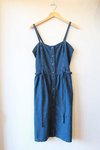 TOPSHOP DENIM SLEEVELESS DRESS SZ 8 (FITS SZ 6)