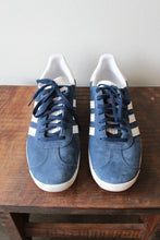 Load image into Gallery viewer, ADIDAS NAVY BLUE SUEDE GAZELLE SZ 9.5