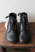 Load image into Gallery viewer, ZAQQ BLACK WATERPROOF LEATHER BAREFOOT BOOTS NWT SZ 8.5 (39)