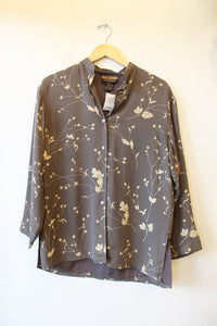 VINTAGE FINITY NATURALS CHARCOAL FLORAL SILK BOXY BLOUSE SZ S (FITS S-M) (AS IS: SPOTS)