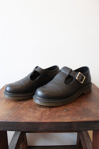 DR. MARTENS BLACK T-STRAP SHOES SZ 7 (RUN LARGE)