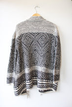 Load image into Gallery viewer, J.JILL BLACK WHITE FRINGED OPEN CARDIGAN SZ S