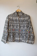 Load image into Gallery viewer, VINTAGE BLACK WHITE WOVEN STAG BIRD PATTERN COTTON JACKET SZ S