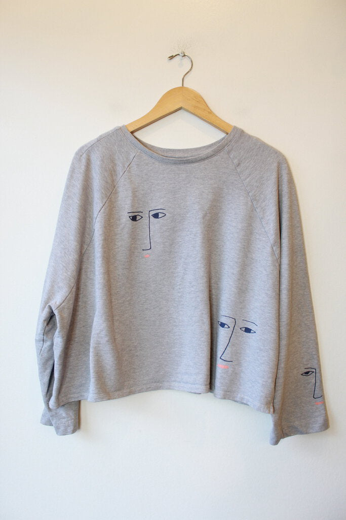 KOWTOW FIGURINE SWEATER IN GREY SZ M