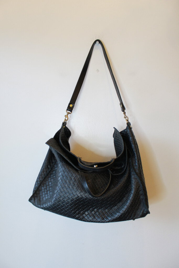 CLARE V. VIVER SIMPLE TOTE IN BLACK BASKET WEAVE LEATHER (RETAIL $495)