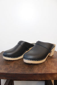 LOTTA BLACK HIGH SLIP ON CLOGS SZ 40/9 (AS IS: WEAR)